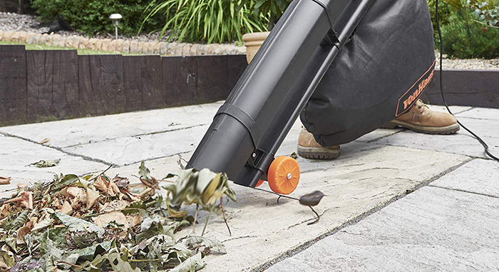 Best Garden Vacuums: Blowers Buying Guide
