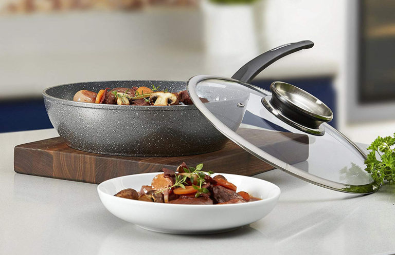 Best Saute Pan Reviews: Buying Guide