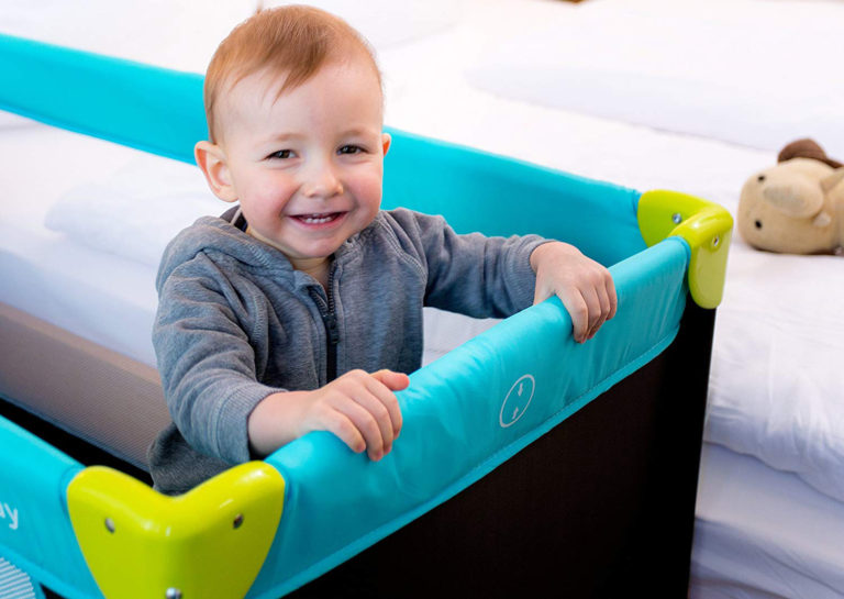 Best Travel Cot: Buying Guide