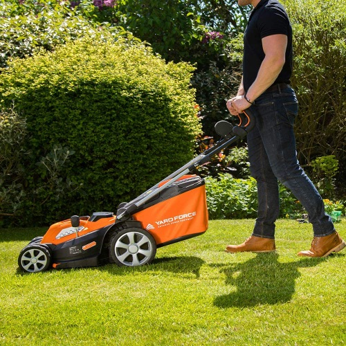 Yard Force 34cm Cordless Lawnmower Review